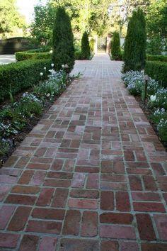 Front Yard and Garden Walkway Landscaping Inspirations 46 Landscape Design, Garden Design, Path Design, Brick Sidewalk, Brick Pathway, Red Brick Paving, Brick Driveway, Brick Paver Patio, Paver Walkway