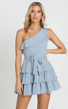 Complete your look with the Darling I Am A Daydream Dress In Powder Blue from Showpo! Buy now, wear tomorrow with easy returns available. Stylish Outfits, Cool Outfits, Summer Outfits, Fashion Outfits, Fashion Tips, Women's Fashion, Outfit Elegantes, Clothing Hacks, Beautiful Outfits
