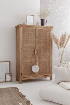 Armoire en cannage - Expolore the best and the special ideas about Modern home design Decoration Inspiration, Interior Inspiration, Decor Ideas, Deco Boheme, Home And Deco, Plant Decor, Home Accessories, Bedroom Decor, Design Bedroom