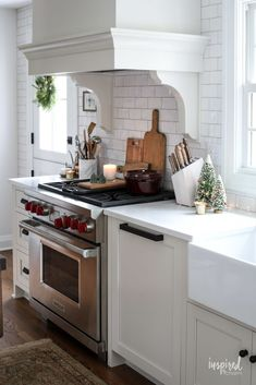 Grey and White Kitchen Decor. 20 Grey and White Kitchen Decor. 28 Luxury White Kitchen Decor Ideas Home Design Ideas Copper Kitchen Accents, Copper Kitchen Accessories, Copper Kitchen Decor, White Kitchen Decor, Inspired By Charm, Above Cabinets, Gray And White Kitchen, Christmas Kitchen, Country Christmas
