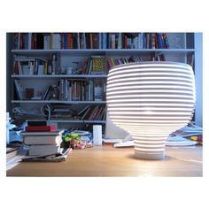 Behive is a table lamp by @foscarinilamps  design Werner Aisslinger realized in poliycarbonated and ABS.