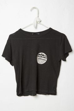 Brandy ♥ Melville | Bryn CA Stores Top - Graphics
