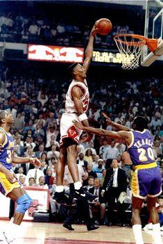 Jay Z Basketball Team Brooklyn Product Nba Basketball, Ohio State Basketball, Fantasy Basketball, Street Basketball, Basketball Scoreboard, Michael Jordan Basketball, Basketball Pictures, Basketball Legends, Basketball Videos