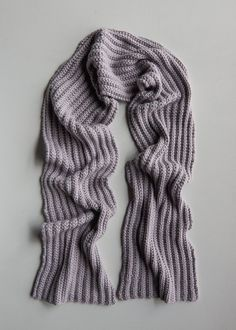 No-Purl Ribbed Scarf, Now in Lavender Opal (Purl Soho - Create Mens Scarf Knitting Pattern, Mens Knitted Scarf, Knitting Patterns Free, Scarf Patterns, Knitted Gloves, Knitting Ideas, Free Knitting, Baby Knitting, Free Pattern