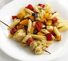 Pesto Chicken Kebabs with Roasted Veg Pasta (from BBC Good Food). Lean meat, carbs, veg - this is the ultimate family supper. Veg Pasta Recipes, Bbc Good Food Recipes, Cooking Recipes, Healthy Recipes, Chicken Recipes, Turkey Recipes, Roasted Vegetable Pasta, Veggie Pasta, Pesto Pasta