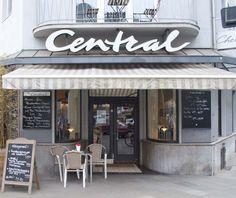 Pariser Flair im Café Central in der Jülicher Straße 1 (im Hotel Chelsea)