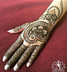 Superb Hand Mehndi Designs For Eid Festival . Pakistani Mehndi Designs, Mehndi Patterns, Latest Mehndi Designs, Simple Mehndi Designs, Mehndi Images, Mehndi Designs For Hands, Bridal Mehndi Designs, Henna Tattoo Designs, Mehandi Designs