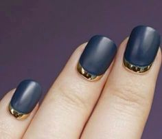 Manicure Black & Gold