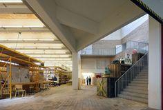 Verbouwing voormalige textielfabriek tot kunstencentrum, Kortrijk, BE, architectenbureau 51n4e,  Foto: Filip Dujardin