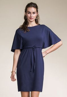 Dress with double function for pregnancy and nursing. Boatneck and wide butterfly sleeve.