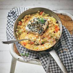 """Fenchel-Risotto und Fisch mit Sesamkruste - """"Das Fenchel-Risotto mit Fisch ist eine Wohltat für Gaumen und Seele! Mit der Sesamkruste ist die Kombi unschlagbar."""""""
