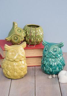 Owl jars from ModCloth Retro Home Decor, Vintage Decor, Retro Vintage, Vintage Items, Home Decor Accessories, Decorative Accessories, Owl Kitchen, Kitchen Decor, Owl Always Love You