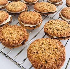 Cake Recipes, Snack Recipes, Snacks, Danish Food, Feel Good Food, Bread Cake, Pastry Cake, Love Cake, Cookie Desserts
