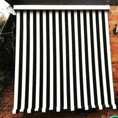 Black and White canvas looking sharp for this outdoor custom blind in Melbourne! ph 98802500 Made in house Campbell & Heeps Balcony Blinds, Patio Blinds, Outdoor Blinds, Blinds For Windows, Folded Arms, White Blinds, Custom Blinds, Window Awnings, Black And White Canvas