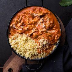 🍴Kuře na paprice recept – rychle, zdravě a jednoduše 🍴 Jimezdrave.cz Paella, Curry, Ethnic Recipes, Red Peppers, Curries