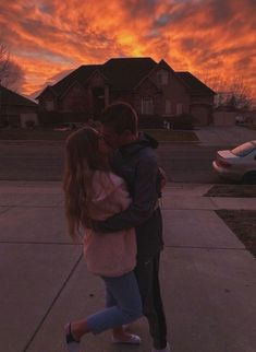 pinterest- jaidynherzog - #relationshipgoalspictures Relationship Cartoons, Relationship Goals Pictures, Relationship Problems, Cute Relationships, Crush Memes, Crush Quotes, Teenage Couples, Cute Couples, Strong Couples
