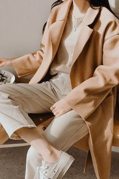 5+ Amazon fashion must haves not to miss for this winter 2021. Get these insanely trendy stylish pieces from Amazon fashion finds now... You can't miss these! Fall Fashion Trends, Winter Fashion, Fall Pictures, Cute Fall Outfits, Every Woman, Must Haves, Photoshoot, Fashion Outfits, Amazon