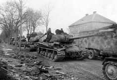 IS-2 column in East Prussia, March 1945