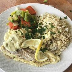 "5,869 mentions J'aime, 203 commentaires - Thibault Geoffray #90DayLC 🇫🇷 (@thibault_geoffray) sur Instagram: ""Tuerie! 😍 TAG un ami avec qui te régaler sur cette recette paléo de cabillaud, petits légumes, riz…"" Curry Coco, Fitness Nutrition, Wellness, Dishes, Chicken, Cooking, Ethnic Recipes, Food, Cooker Recipes"