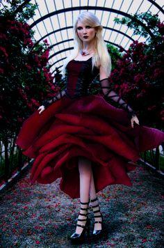 Rose by ~thornevald on deviantART
