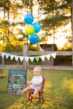 Happy one year to this precious baby boy! I love family photo sessions outside!