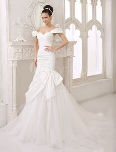 Chapel Train Ivory Bow Bridal Mermaid Wedding Dress with Sweetheart Neck Off-The-Shoulder