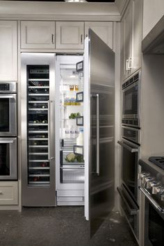 Thermador Wine preservation and refrigerator. Built In Refrigerator, Refrigerator Freezer, Grey Kitchen Cabinets, Kitchen Appliances, New Kitchen, Kitchen Dining, Condo Kitchen, Mercer House, Modern Refrigerators