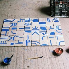 Making a table with painted tiles for my new housieee #lrnce #table #painted #morocco #marrakech