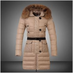 neue Ankunfts-Moncler Genevrier Pelzmantel Kapuze unten für Frauen in beige Moncler Mantel Spätester
