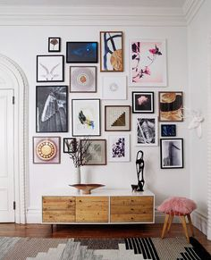 modern gallery wall inspiration for tall ceilings. / sfgirlbybay