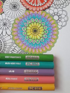 Coloring Book Art, Coloring Tips, Mandala Coloring, Adult Coloring Pages, Blending Colored Pencils, Colored Pencil Techniques, Secret Garden Colouring, Johanna Basford Coloring Book, Zentangle