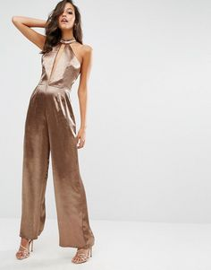 Buy Boohoo Halter Neck Split Front Satin Jumpsuit at ASOS. With free delivery and return options (Ts&Cs apply), online shopping has never been so easy. Get the latest trends with ASOS now. Satin Jumpsuit, Jumpsuit Outfit, Dress Outfits, Cool Outfits, Formal Outfits, Formal Dresses, 70s Fashion, Fashion Looks, Fashion Online