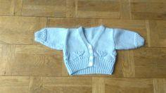Knit V-neck Sweater Months Blue Vintage Knit Newborn Cardigan Kids Sweater Buttons Up Knit Baby Knitted Sweater Baby V-neck Vintage Knitting, Baby Knitting, Baby Sweaters, Vintage Children, Knit Cardigan, 6 Months, Button Up, Kids Outfits, V Neck