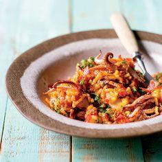 Calamari, chorizo and tomato rice Risotto Recipes, Rice Recipes, Pork Recipes, Cooking Recipes, Barley Risotto, Pumpkin Risotto, Rice Dishes, Tasty Dishes, Tomato Rice