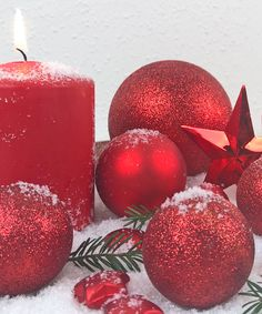 Weihnachtsdeko in Rot Christmas Time, Christmas, Christmas Decor, Red, Weihnachten