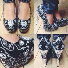 OMG the most amazing shoes <3 #blamebetty #tattoo #sharks #heels