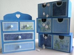 decoupaged little drawers Drawers, Diy, Bricolage, Set Of Drawers, Do It Yourself, Chest Of Drawers, Homemade, Diys, Crafting