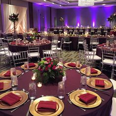 @thealexanderhotel Indy hosted a beautiful wedding this past weekend with an array of our berry hued linens, napkins and white chair pads! Gold charger plates completed the look With @wildheartblooms  @LinenHero @linenherochrislamar #Atmospheresindy