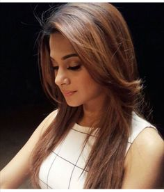 For the latest promo of 'Beyhadh' Lighter Brown Hair Color, Hair Color For Brown Skin, Hair Colour, Most Beautiful Indian Actress, Beautiful Actresses, Ombre Hair, Balayage Hair, Indian Skin Tone, Jennifer Winget Beyhadh