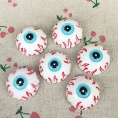 10 Pieces Flat Back Resin Cabochon Zombie EyeBall Halloween DIY Flatback Decorative Craft Scrapbooking Embellishment:25mm