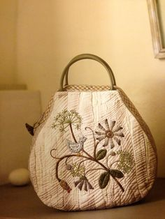 quilted bag - needs longer shoulder strap