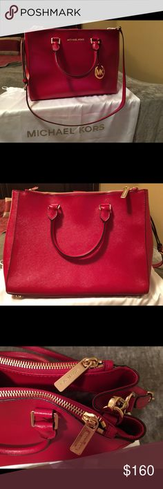 Michael Kors handbag Authentic!  Exceptional condition!  Like New!  No visible scratches, cracks or holes!  2 years old.  Only used a couple of times. Michael Kors Bags Shoulder Bags