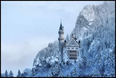what i imagine the snow queen's castle to be (Neuschwanstein in Bavaria)