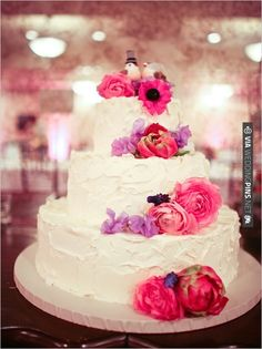 shabby chic wedding cakes | CHECK OUT MORE IDEAS AT WEDDINGPINS.NET | #weddingcakes