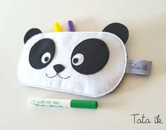 Cute Sewing Projects, Crochet Projects, Diy Trousse, Felt Bookmark, Diy Wallet, Diy Bags Purses, Bag Pattern Free, Kits For Kids, Animal Crafts