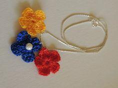 collar cadena bandera tricolor venezuela delicado flores