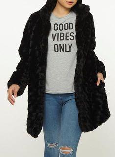 a8c467e0f 8 Best Black faux fur coat images in 2019