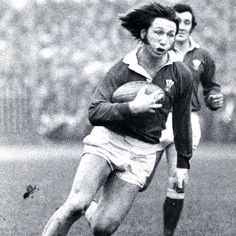 JPR Williams - Welsh rugby - The Charlie George of rugby ?