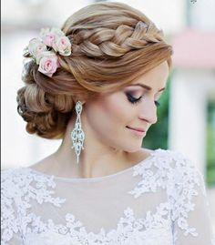 Delikatny makijaż ślubny i piękny warkocz. ///Delicate makeup and beautiful braid