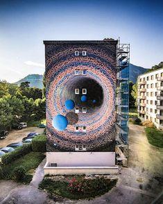Izzy Izvne for Street Art Fest Grenoble Alpes in Grenoble, France, 2019 3d Street Art, Street Art News, Murals Street Art, Street Art Graffiti, Street Artists, Graffiti Artists, Cosmos, New York Graffiti, Illumination Art